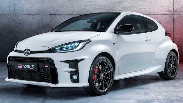 «Заряженный» хэтчбек Toyota GR Yaris вышел в продажу 1