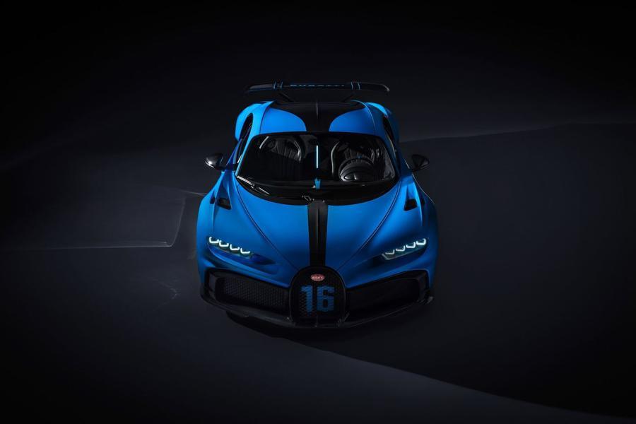 Bugatti представила хардкорный Chiron Pur Sport 2
