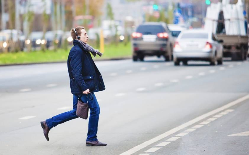 Украинских пешеходов будут штрафовать «по-полной» 1