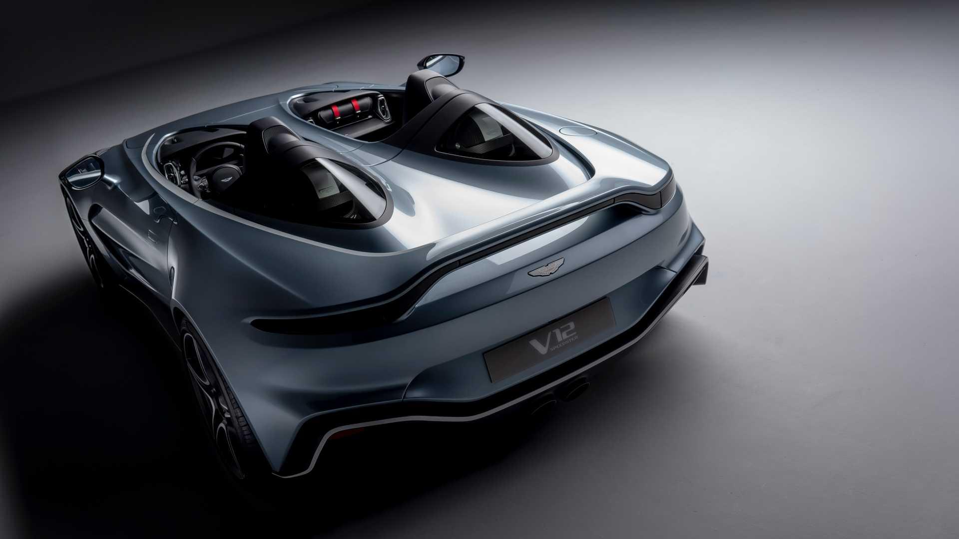 Суперкар Aston Martin без крыши и окон разгонится до 300 километров в час 2