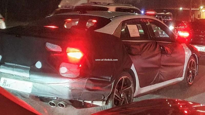 Обновленный хэтчбек Hyundai Elantra замечен на тестах 1