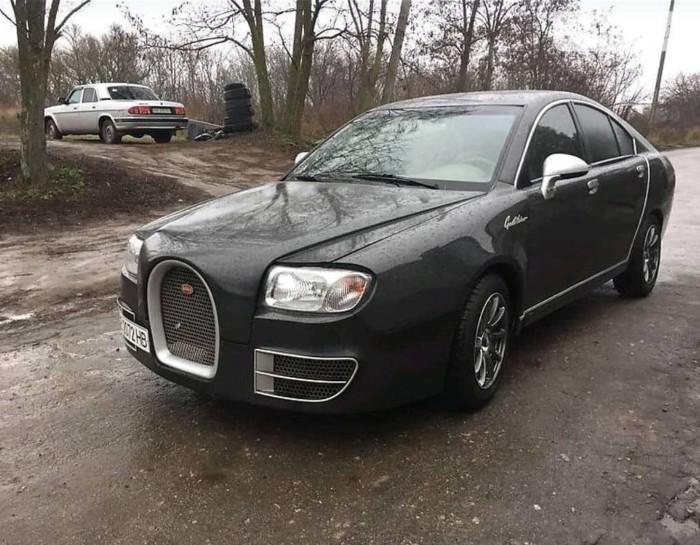 Единственный в мире седан Bugatti продают в Украине 1