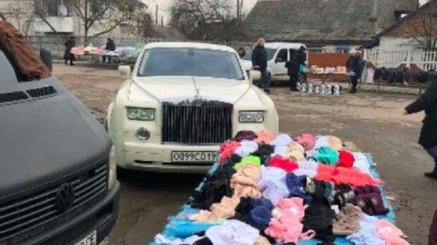 В Житомире роскошный Rolls-Royce превратили в прилавок для торговли картошкой 1