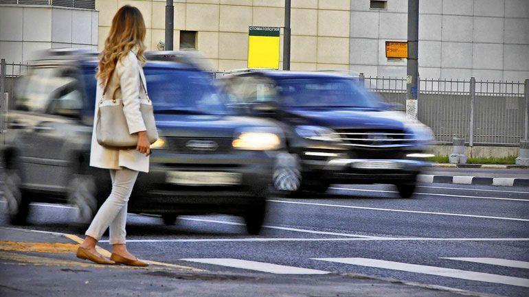 Исследование: водители бюджетных авто чаще пропускают пешеходов 1