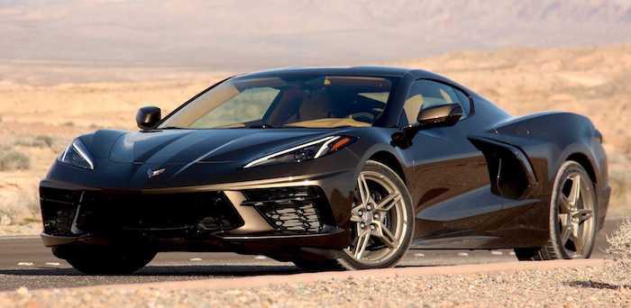 Праворульный Chevrolet Corvette C8 показали на фото 1