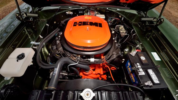 Редчайший 50-летний Dodge Coronet R/T пустят с молотка 3