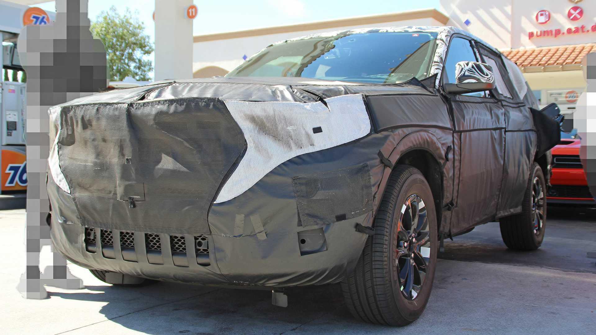 Новый Jeep Grand Cherokee представят до конца 2020 года 1