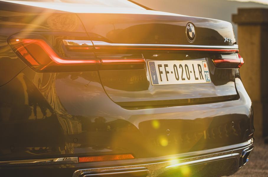 BMW 5 и 7 серии превратятся в электрокары с большим запасом хода 1