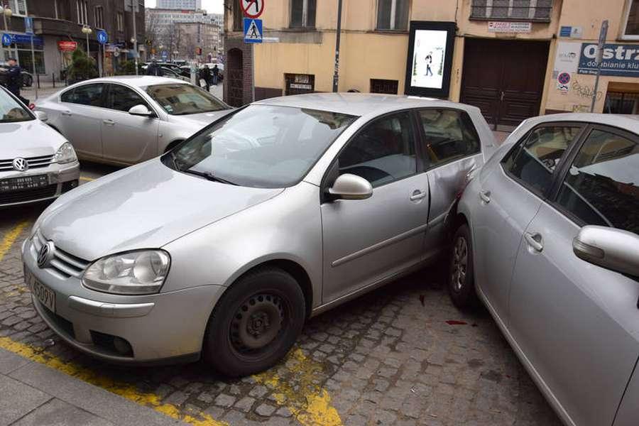 Нетрезвый украинец протаранил сразу восемь автомобилей в Польше 1