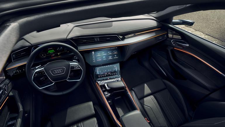 Audi приостанавливает производство e-tron 2