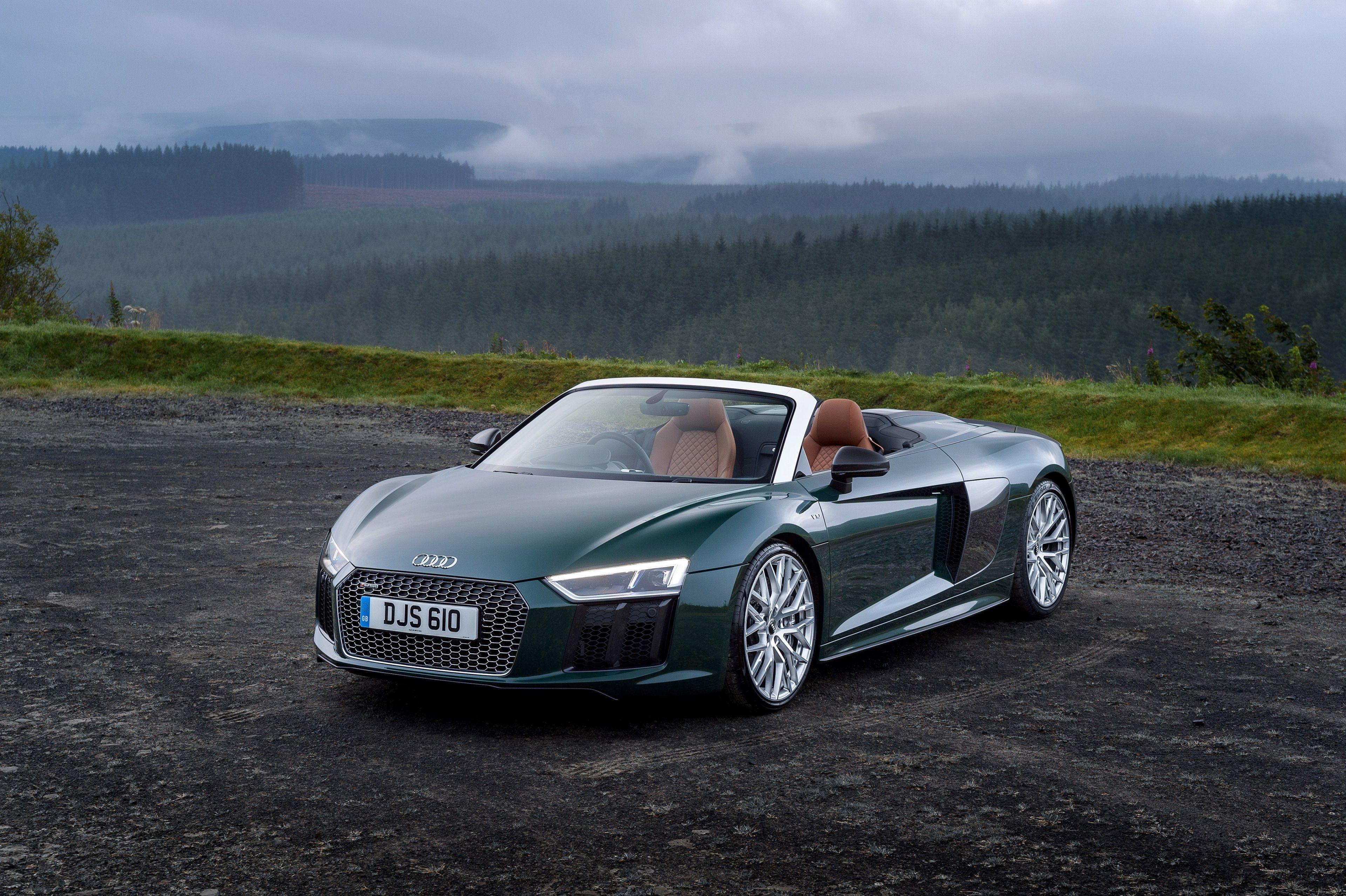 «Спортивная экзотика»: обзор Audi R8 Spyder V10 1