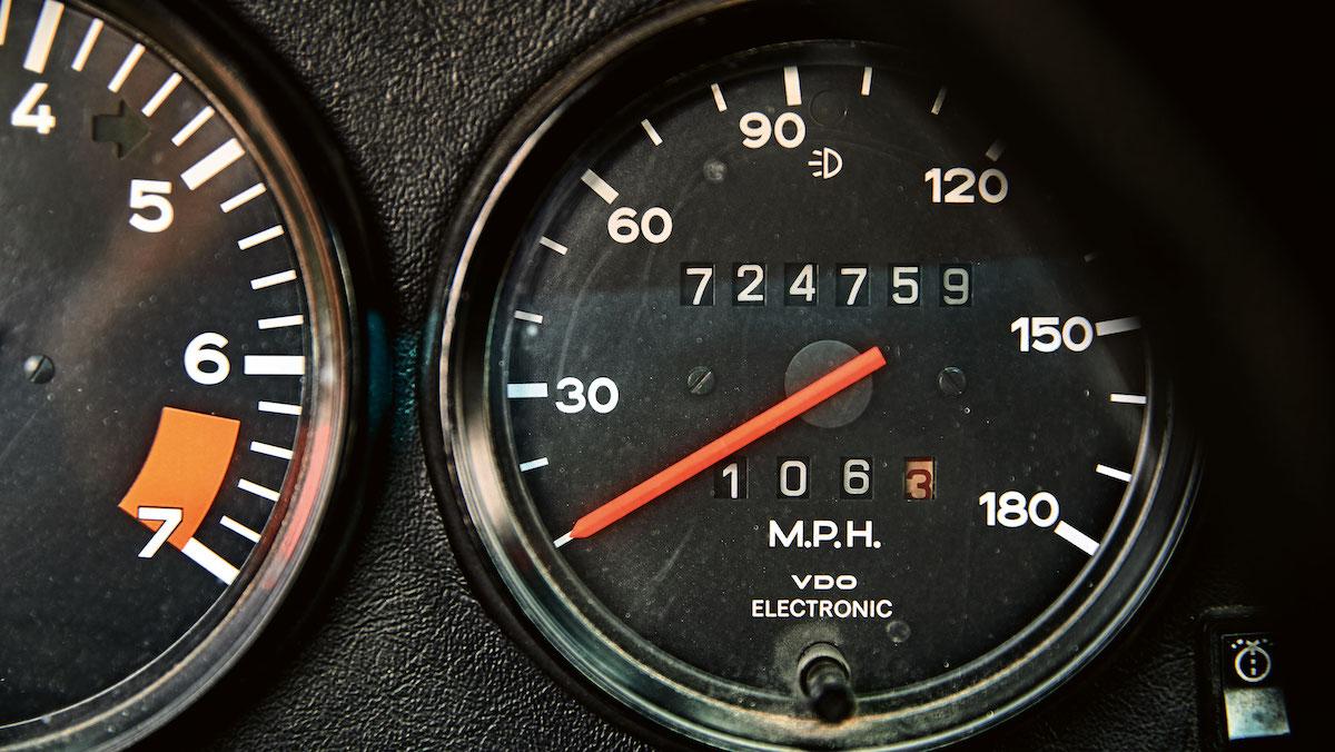 Найден Porsche 911, который проехал 1,2 миллиона километров за 44 года 2