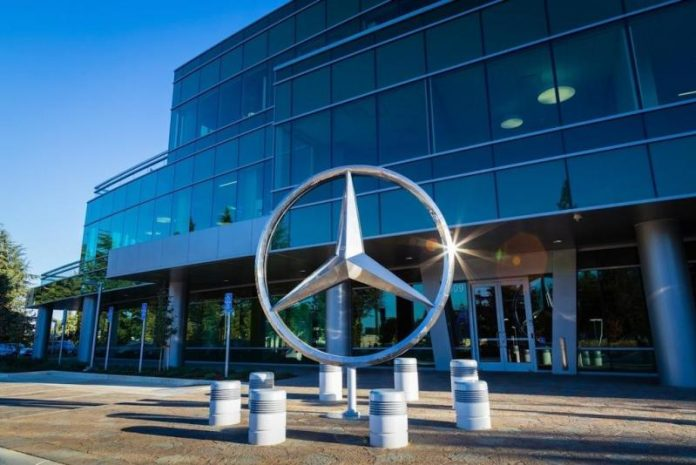 Компания Daimler отчиталась о рекордном падении прибыли 1