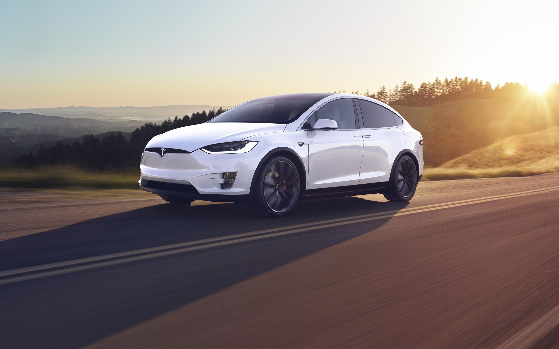 Компания Tesla отзывает 15 тысяч автомобилей 1
