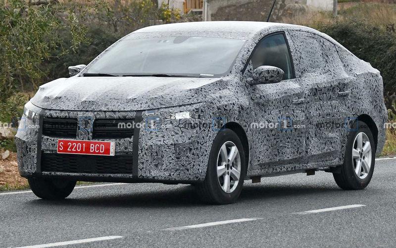 Новый Renault Logan — первые фото с тестов 1