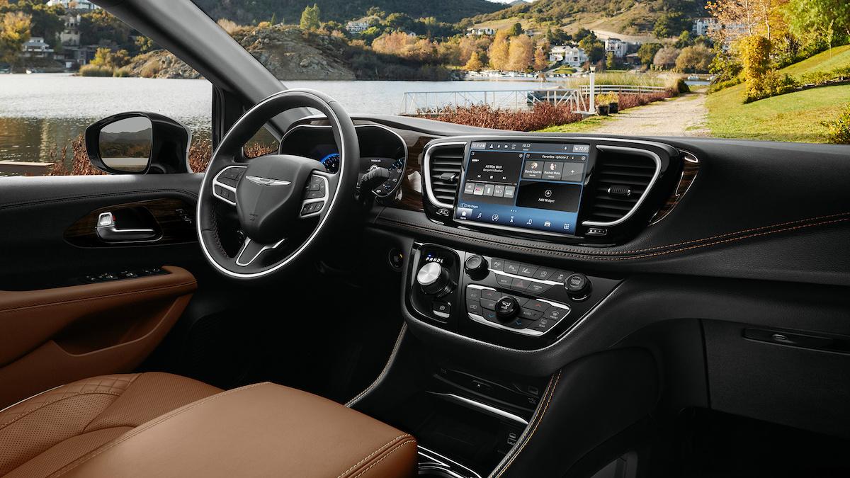 Минивэн Chrysler Pacifica получил полный привод 3