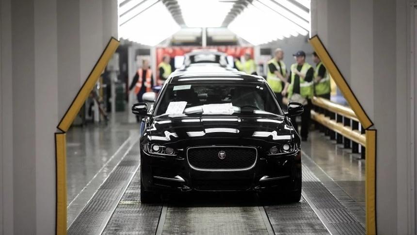 Jaguar Land Rover сокращает производство в Великобритании 1