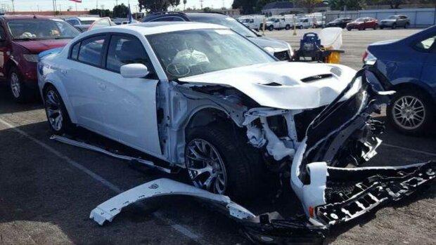 Новый Dodge за 80 000 долларов разбили сразу после приобретения 1