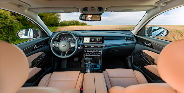 Kia презентовала новый седан Cadenza 2