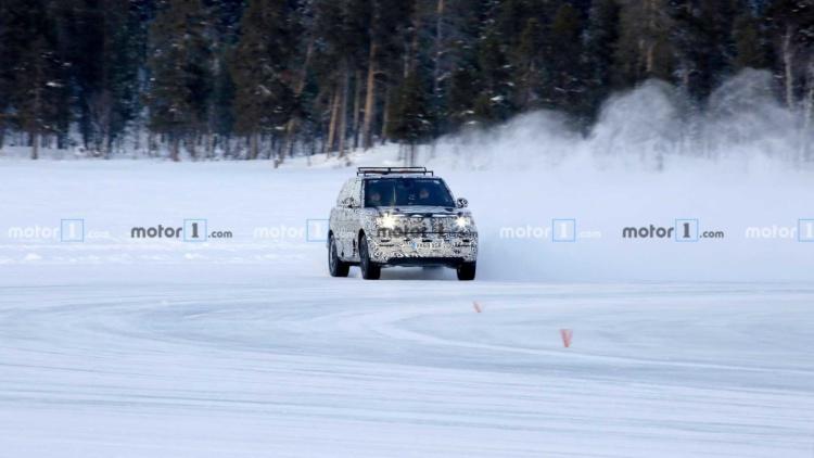 Опубликованы снимки нового Range Rover Sport 1