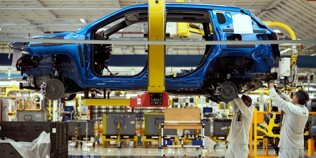 В Fiat заявили о возможной остановке конвейера из-за коронавируса 1