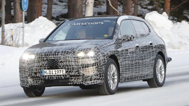 Новый BMW iX5 проходит зимние испытания 1