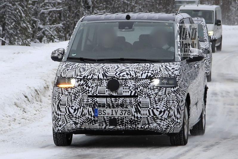Новый Volkswagen Transporter замечен во время тестов 1