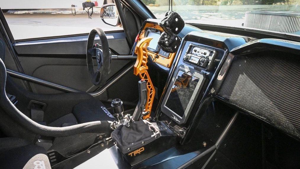 Из пикапа Toyota сделали 900-сильный дрифт-кар 2