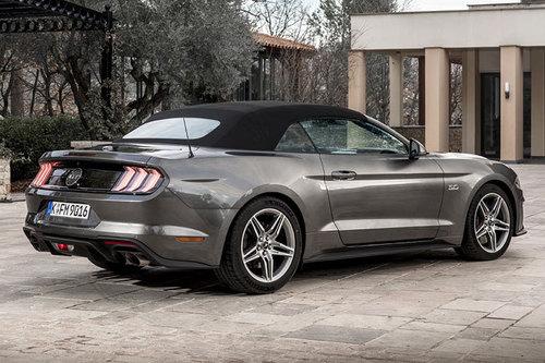 Тест-драйв Ford Mustang 2018 года 4
