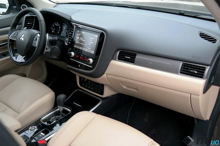 Тест-драйв нового Mitsubishi Outlander 4