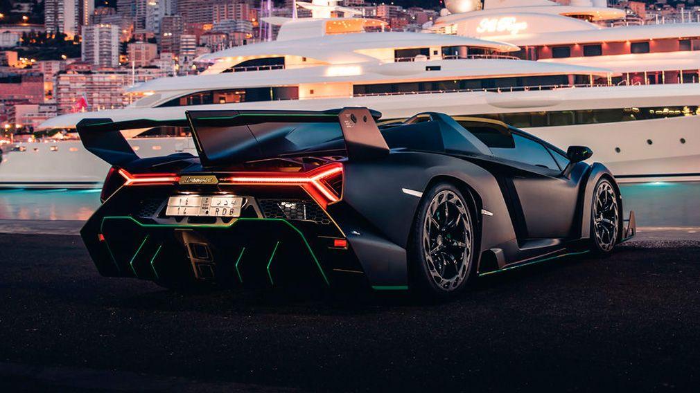 Lamborghini Veneno продадут на аукционе 1