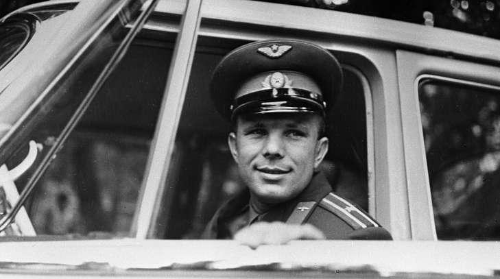 Автомобиль Юрия Гагарина пустят с молотка 1