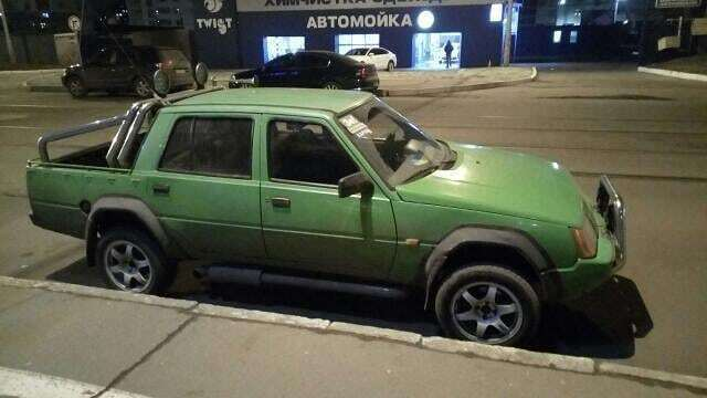 В Украине обнаружилась уникальная «Славута» в кузове пикап 1