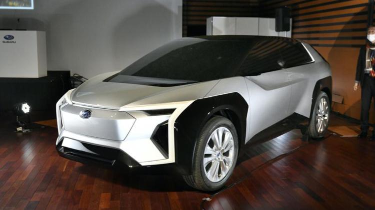 Subaru продемонстрировала концепт своего первого электрического кроссовера 1