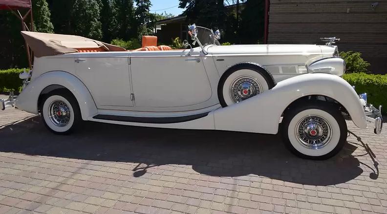 Раритетный 86-летний Packard продают в Украине 4