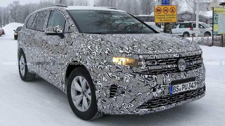 Volkswagen тестирует новый минивэн SMV 1
