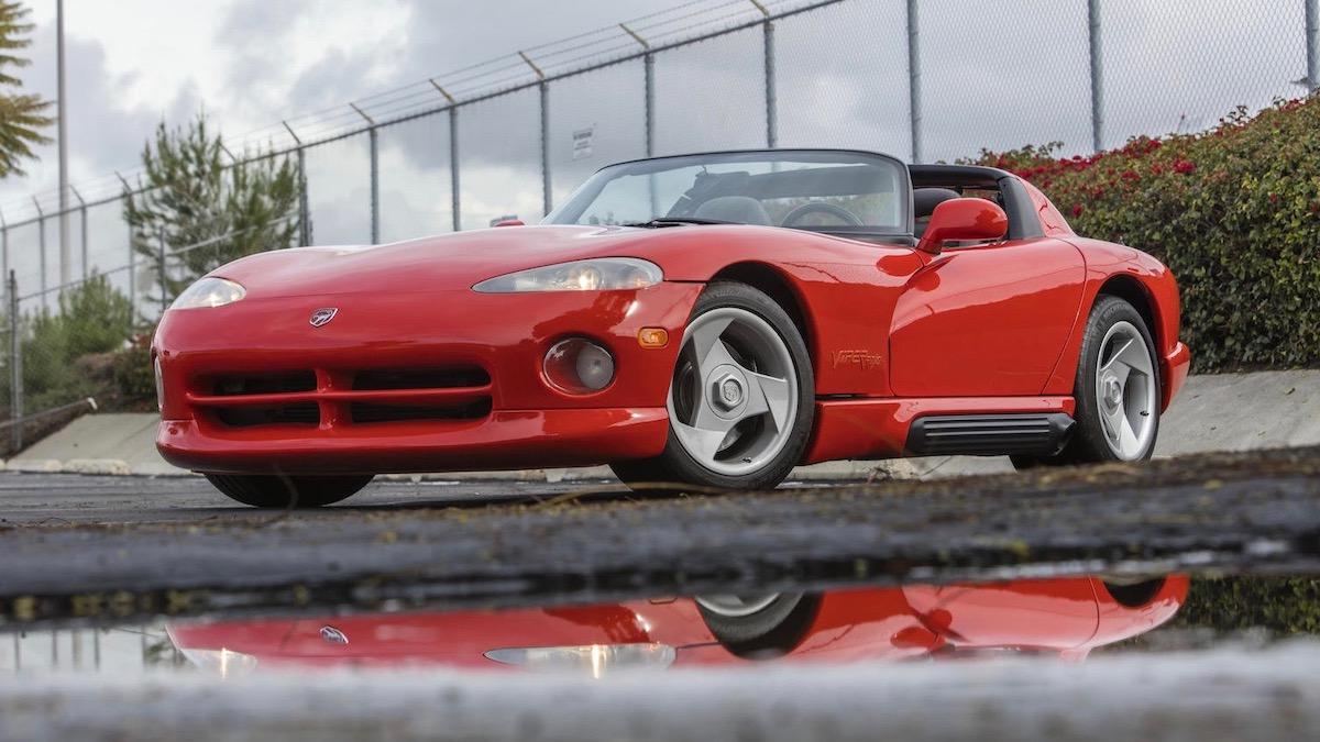 Первый в мире Dodge Viper продали вдвое дороже запланированного 1