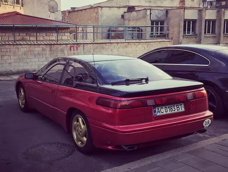 В Украине продают редчайшую Subaru 1