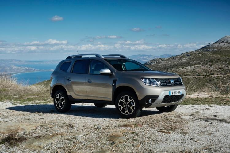 Dacia выводит на авторынок Duster на газу 1