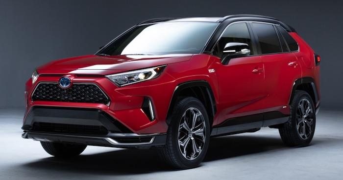 В продажу вышел гибридный Toyota RAV4 нового поколения 1