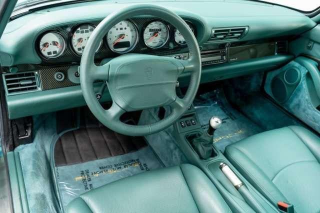 Старый Porsche 1997 года продают за 900 тысяч долларов 2