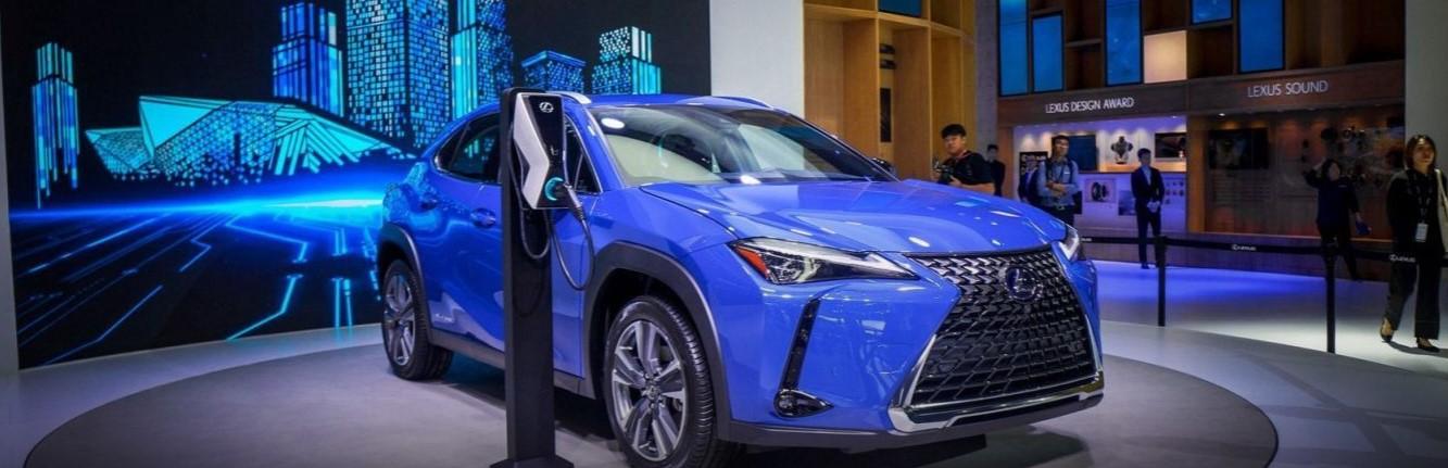 Lexus готовится к старту продаж своего первого электромобиля 1
