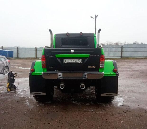 В Сети показали очень крутой снегоуборщик ГАЗ-66 1