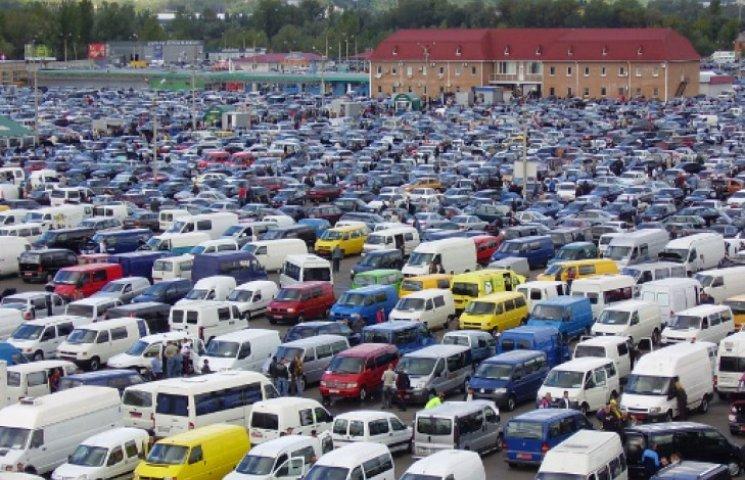Украинцы приобрели рекордное количество подержанных автомобилей 1