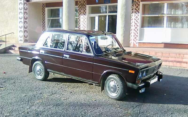 В Украине на продажу выставили ВАЗ-2106 с маленьким пробегом 1