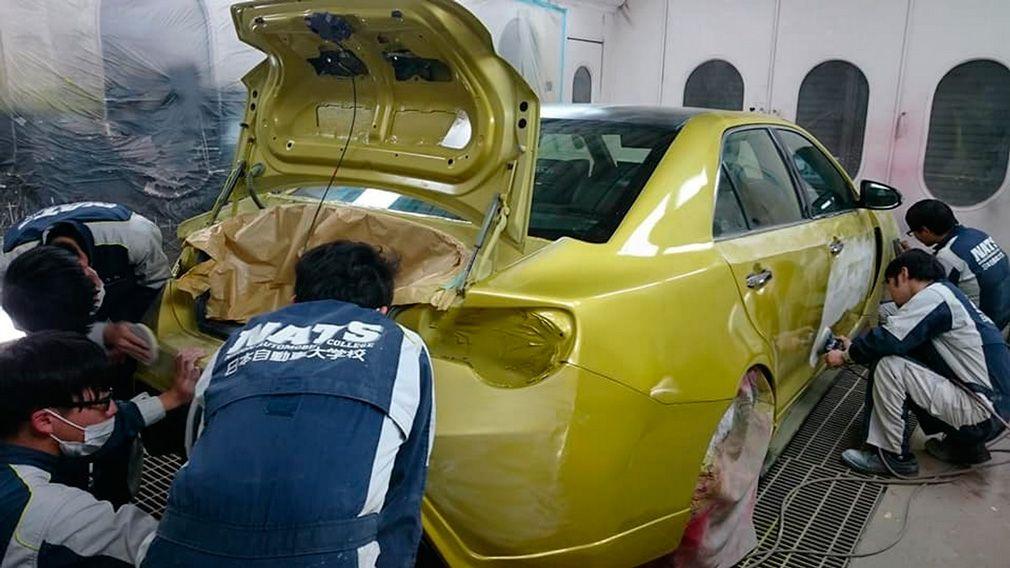 Toyota Camry превратилась в четырехдверную GT86 2