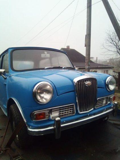 В Украине востановили уникальное ретро-авто 3