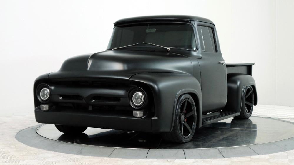 В старый пикап Ford запихнули начинку от нового Мустанга и выставили на аукцион 1