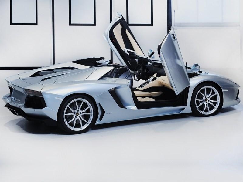 Обзор Lamborgini Aventador 3