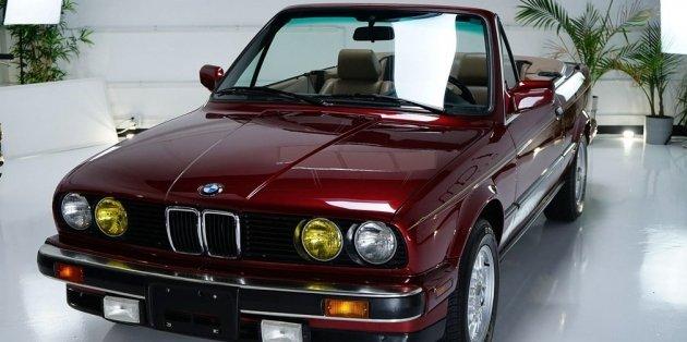 В интернете продается кабриолет BMW родом из 90-х 1